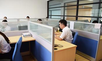 信基办公室环境